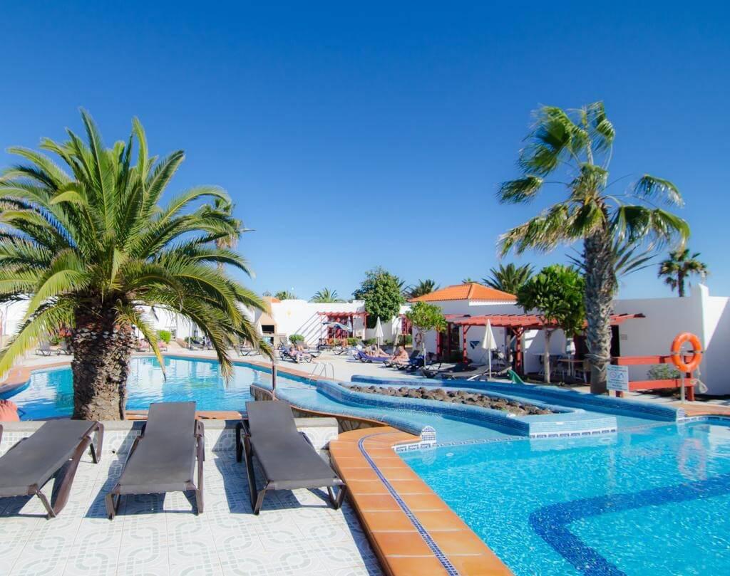 CASTILLO CLUB LAKE — Fuerteventura